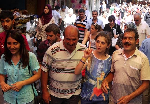 European Turks betwwen bazaars