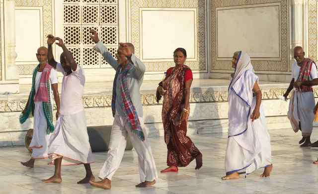 Indian tourists at the Taj Mahal